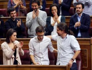 Errejón se suma a cientos de cargos contrarios al plan de Iglesias en Podemos